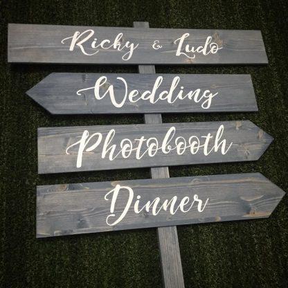 Quattro insegne legno matrimonio personalizzate