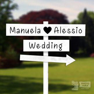 2 insegne bianche wedding personalizzate e freccia - matrimonio cou